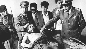 Roberto Quintanilla Pereira alle spalle del Che